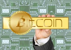 Bitcoin prudce poklesl pod 10000 USD